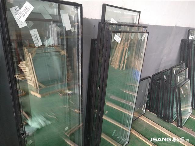 夹胶玻璃和中空玻璃的优缺点