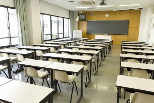 教室走廊高窗尺寸标准