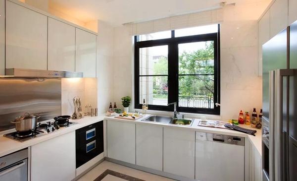 厨房窗户怎么设计实用