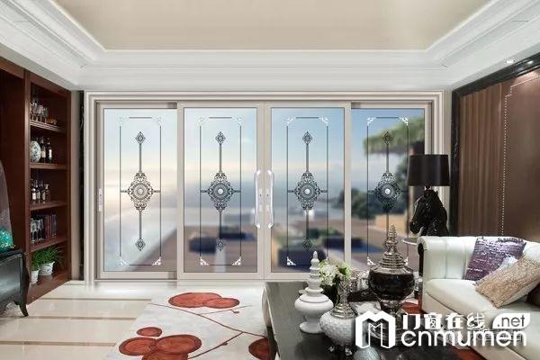 客厅和阳台做隔断门窗最好的推荐