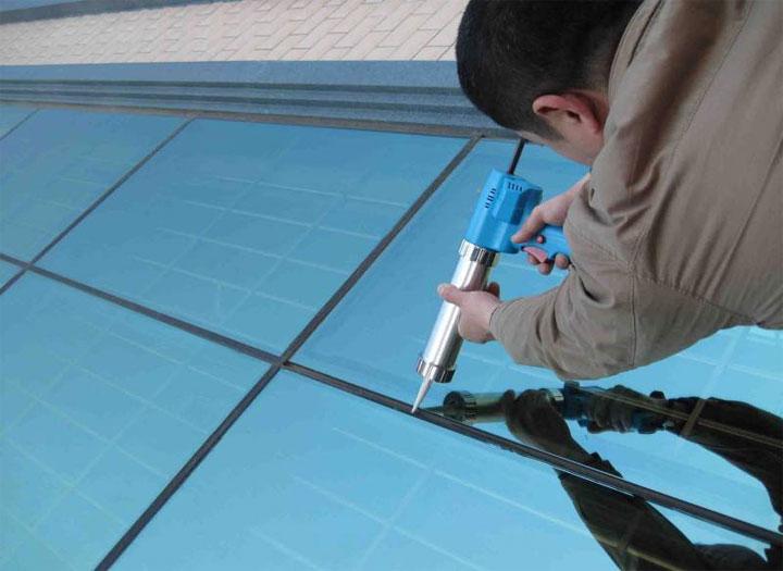 如何去除断桥铝窗户已经固化的黑色玻璃胶