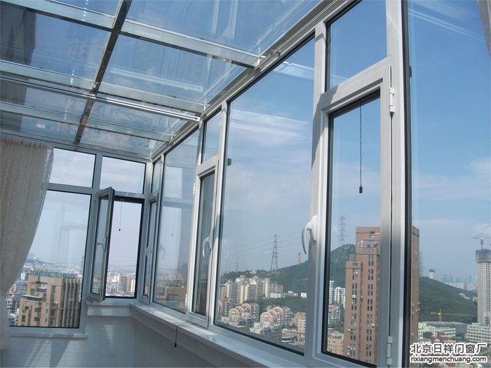 断桥铝门窗配件的重要性