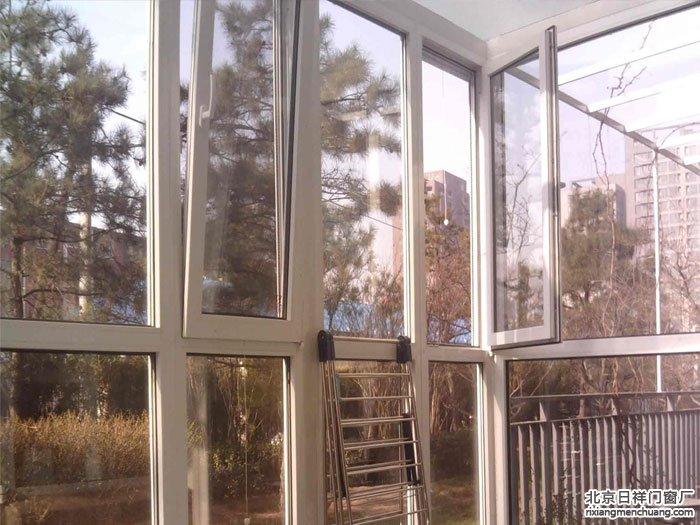 高层封阳台用什么材料好?