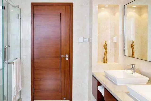 卫生间门用什么门最好